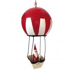 Julemand i rød luftballon